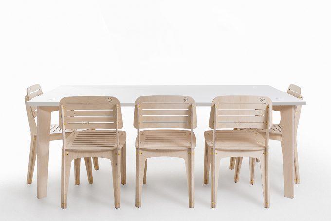 spaas-flatpack-table-elcheapo-super-board-narrow.jpg